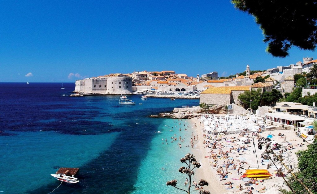 Кипр: жаркое солнце, горные походы и божественный сыр